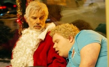 BS2-05175_CROP(l-r) Billy Bob Thornton stars as Willie Soke and Brett Kelly as Thurman Merman in BAD SANTA 2, a Broad Green Pictures release.Credit: Jan Thijs / Broad Green Pictures