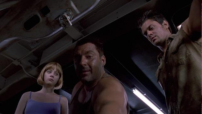 Big Trouble (2002) 3