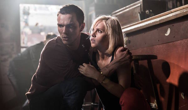 nicholas-hoult-felicity-jones-collide-01-600x350